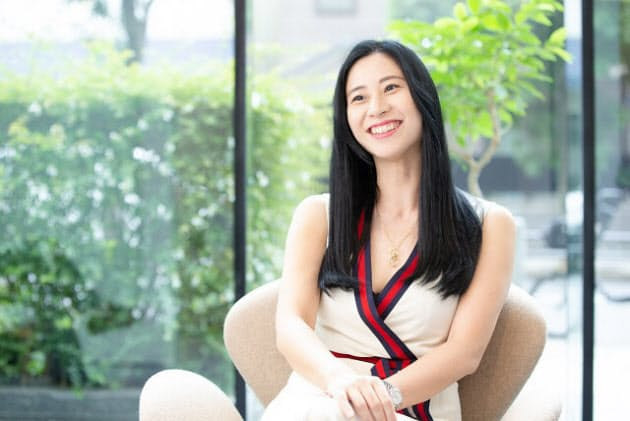 三浦瑠麗 孤独に苦しみ、孤独が救ってくれた|WOMAN SMART|NIKKEI STYLE