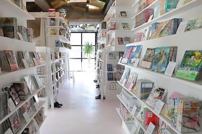 漫画読み放題の「漫泊」など非日常を体験できるカプセルホテルでリフレッシュ