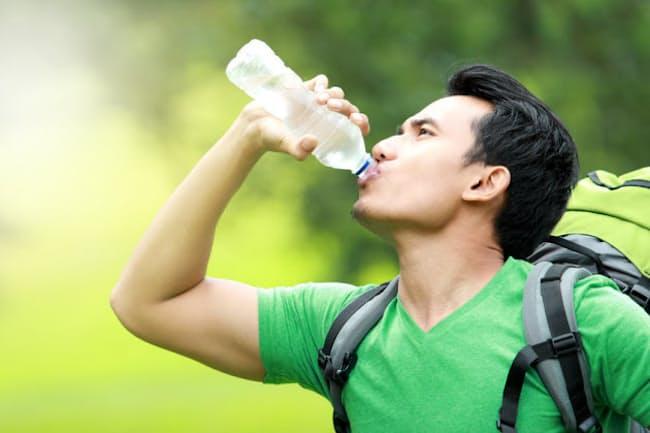 大量の汗をかいたときは、何を飲むのがいい?写真はイメージ=(c)ferli-123RF