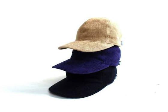 Thing fabricsは世界的にも名高い「今治タオル」の高い技術を背景に、タウンユース用グッズに特化したプロジェクト。吸水性に優れた生地のため、夏の着用にも向いている。デザインはWhite line(ホワイトライン)の藤原昌浩氏によるもの Thing fabrics / Tf cap 7,344円税込み