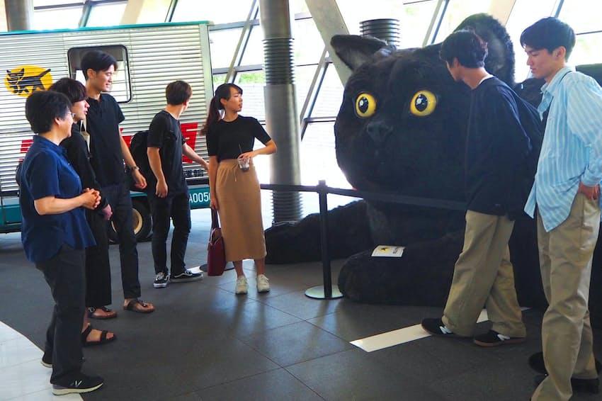 ヤマト運輸「羽田クロノゲート」を見学した立教大生ら