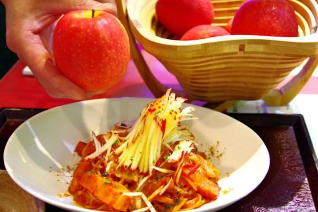 「ピンクレディー」という品種を使い千切りに(美里)