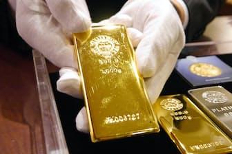 純金積み立ては引き出す際には現金に戻すか、金地金などで受け取る