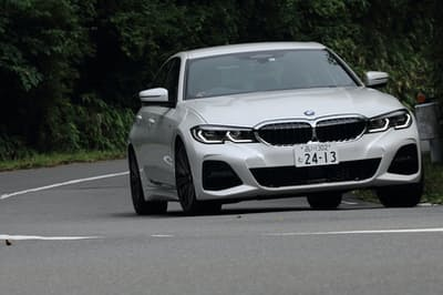BMW「3シリーズ」に追加された2リッター直4ディーゼルモデル「320d xDrive Mスポーツ」に試乗した(写真:荒川正幸、以下同)