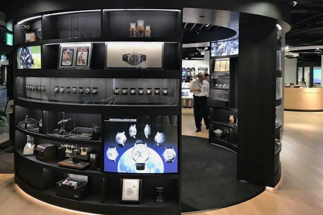 エプソンスクエア丸の内(東京都千代田区)では腕時計のほか、職人の作業道具なども展示する