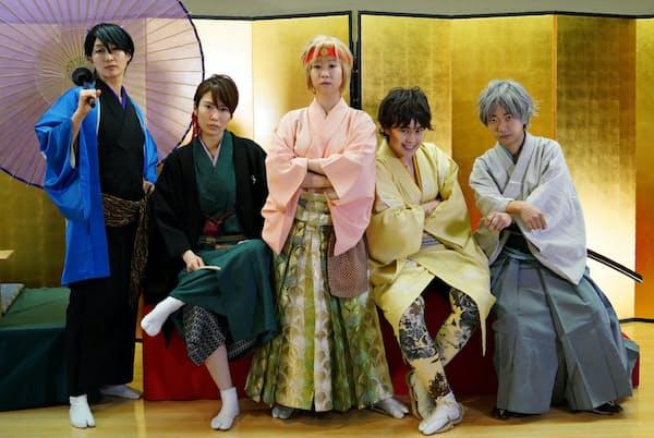 男装演芸ユニット「輝美男五(きびだんご)」には女性ファンが多い