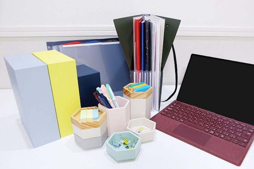 デスクのスペースを有効活用するアイデア文具