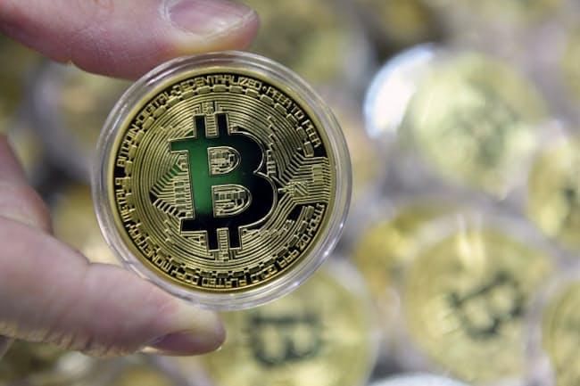 仮想通貨の相続では、国税庁が2018年11月に手引きを示した