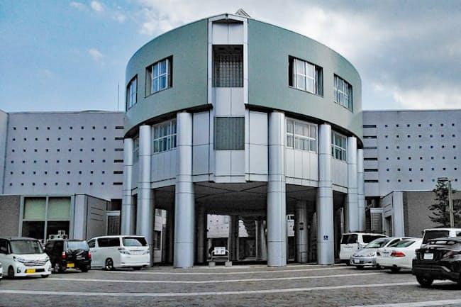 JR札幌駅から南に4キロ足らずの札幌市中央区に立つ札幌南高校