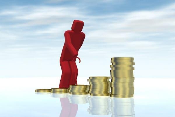老後資金は手堅い資産運用が大切になる(写真はイメージ=PIXTA)