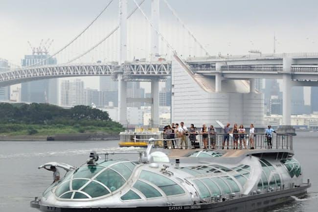 昨年8月に導入された松本零士さんデザインの「エメラルダス」