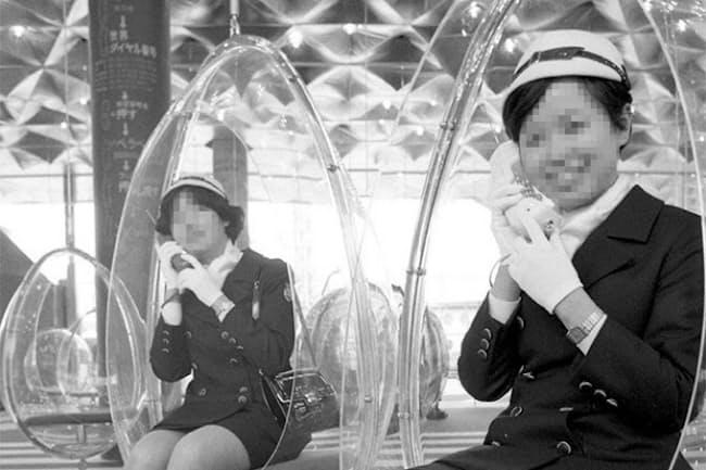 1970年の大阪万博のコンパニオンの方の写真で当時公表されたもの=写真提供/共同通信