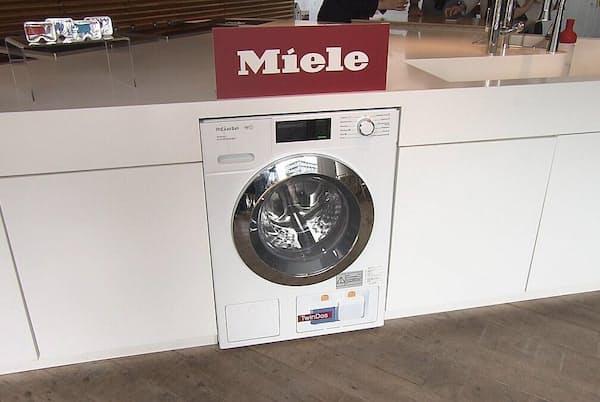 ミーレのドラム式洗濯機は、時間をかけて優しく洗い上げる