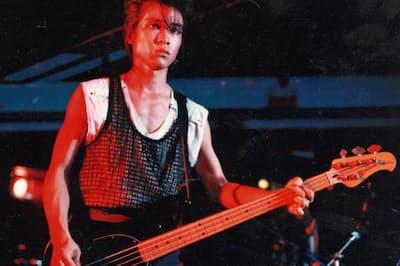 プロを目指し、ロックバンド「G―SCHMITT」のベーシストとして活動していた東大時代の梅澤さん