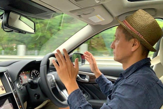 両手を放した状態でレベル2の運転支援をついに可能にした新型スカイライン。小沢コージ氏が開発者を直撃した