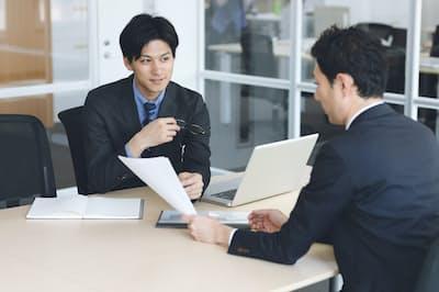 転職面接の前に求人情報を読み込む意味は大きい。写真はイメージ=PIXTA