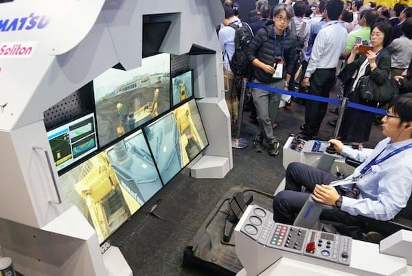 コマツは5Gを使ってブルドーザーの遠隔操作を実験(千葉市)