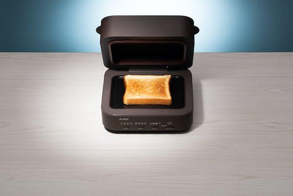 パンが1枚しか焼けないブレッドオーブン。その誕生の経緯を家電プロレビュワーの石井和美さんが探りました
