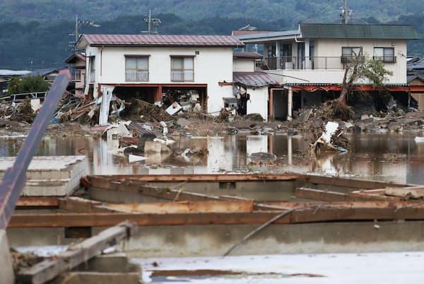 台風19号で堤防が決壊し浸水被害を受けた住宅地(長野市)
