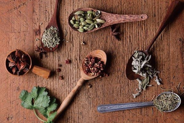 スパイスには脂肪を燃焼、老化を防止する効果がある