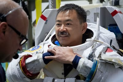 船外活動訓練での星出彰彦さん/撮影日:2019年7月12日(日本時間)(C)JAXA/NASA