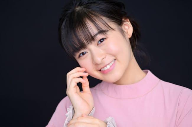 2019年は「天気の子」が大ヒット、2020年1月には岩井俊二監督作品も公開される森七菜さんが持ってきてくれたのは革製の台本カバーだった
