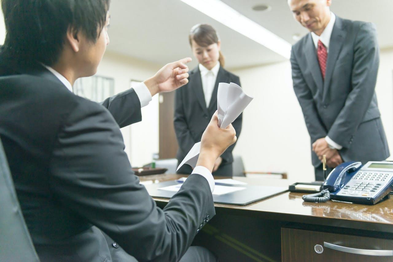 採用面接では温厚だったのに、社内では「暴君」という経営者もいる。写真はイメージ=PIXTA