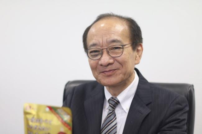 イカからタラへの発想転換が決め手だったと、なとりの西村豊・取締役執行役員は振り返る