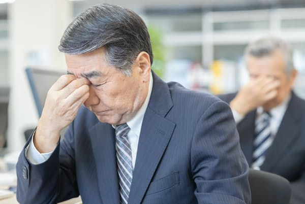 ドライアイの要因の1つに「涙の油不足」も指摘されている。写真はイメージ=PIXTA