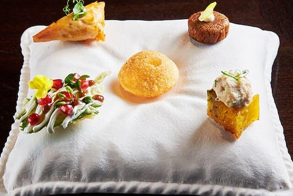 インドのモダニズムと日本の感性を融合した、ガストロノミックな一品は、今までのインド料理のイメージを覆すはず(NikkeiLUXEより)