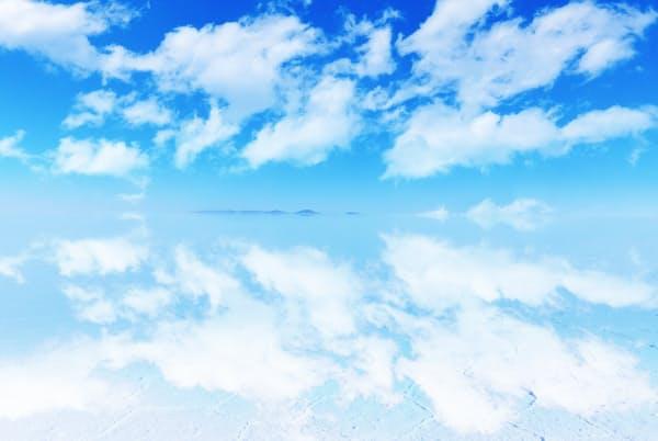 美しいウユニ塩湖から作られる塩は有名だ