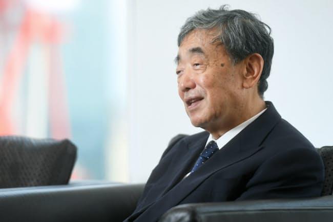 松本晃氏は「日本企業にも米国企業にも、それぞれいい点と悪い点がある」と話す