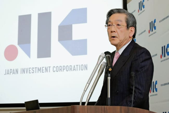 産業革新投資機構は2019年12月、経営陣を刷新したが…(写真は就任会見をする横尾敬介社長)=共同
