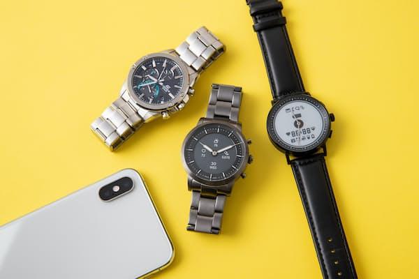 ビジネスのファッションにもコーディネートしやすいアナログ文字盤のスマホ連携機能搭載腕時計を紹介する