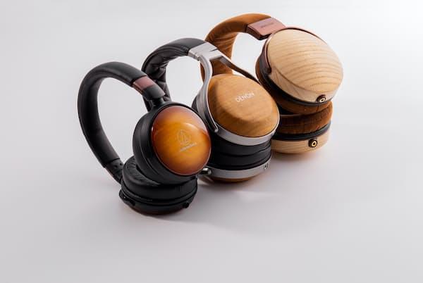 ハウジングに木材を使うと、音質にはどう影響するのか。3種類のヘッドホンを聴き比べた