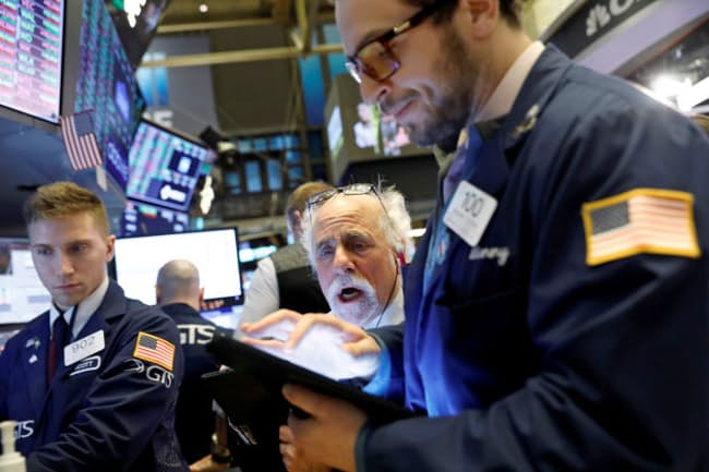 トランプ大統領が再選すれば米国株だけでなく日本株の追い風にもなりそうだ(写真はニューヨーク証券取引所)=ロイター
