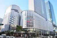 複合商業施設「リンクス梅田」は2019年11月16日に開業。2階の歩行者専用デッキは将来的にグランフロント大阪や阪急大阪梅田駅などともつながる