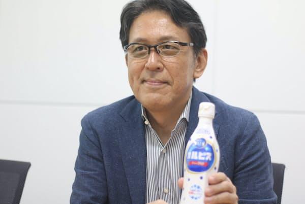 アサヒ飲料の大越洋二常務執行役員マーケティング本部長