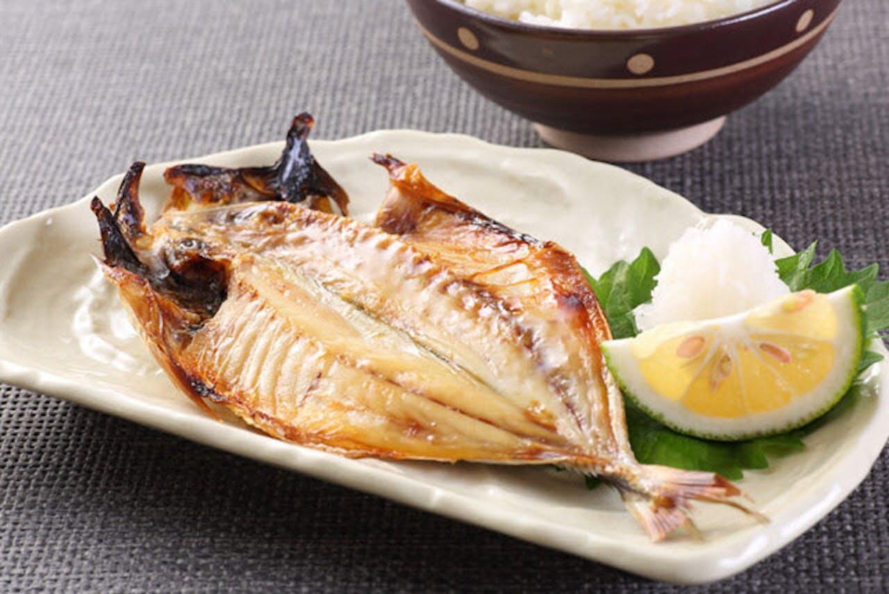 魚の摂取量が多いほど認知症リスクが低いという、逆相関関係が明らかに。(C)taa22-123RF