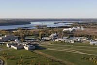 ミネソタ州コテージグローブには、1950年以来、防水および防汚製品向けの様々なPFASを生産してきた工場がある(PHOTOGRAPH BY DANIEL ACKER, BLOOMBERG/GETTY IMAGES)