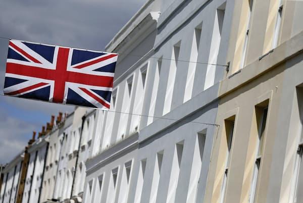 都市部では住宅が高騰している(ロンドン)=ロイター