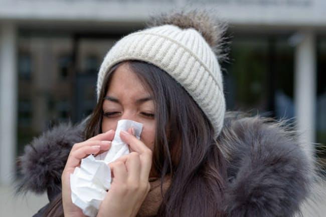 寒く、乾燥したこの時期に注意したい風邪。対策のポイントを聞いていこう。写真はイメージ(c)Michael Heim-123RF