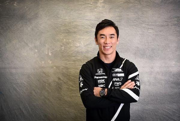 レーシングドライバーの佐藤琢磨さん