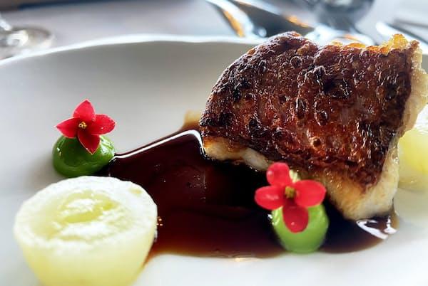 三つ星レストラン「アスルメンディ」で使われているのがアニャナ塩田の塩