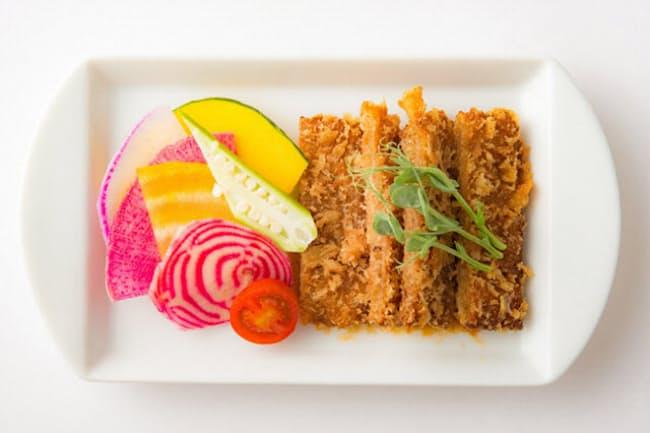 「菜道」のビーガンメニューの一つ、「菜食カツ」(900円)