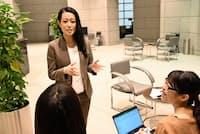 第一生命保険の黒柳さんは研修の手応えから昇進意欲を持ち、部下との接し方も変化=同社提供