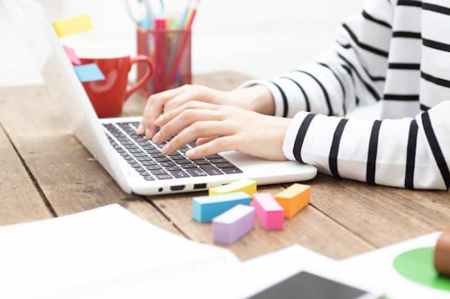 在宅勤務の増加がパソコン(PC)の売れ筋に変化をもたらしている(写真はイメージ=PIXTA)