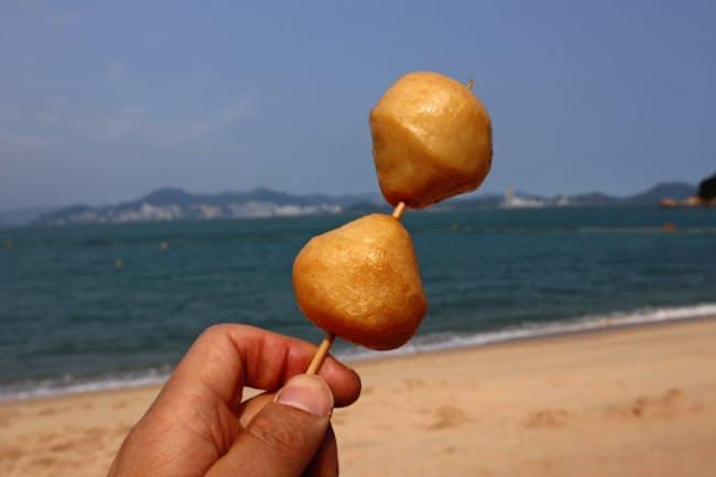 海を見ながら揚げたてが食べられる