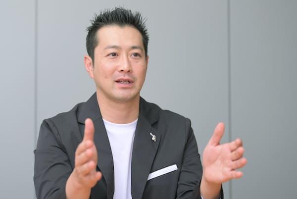 1983年鹿児島県出身。競泳選手として2008年北京五輪400メートルメドレーリレー銅メダル。引退後はスポーツの現場取材や解説で活躍、TBS「ひるおび!」などテレビ出演や講演も。