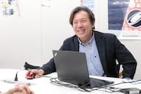 「フューチャーキャストシステム」を開発した森島繁生さん。